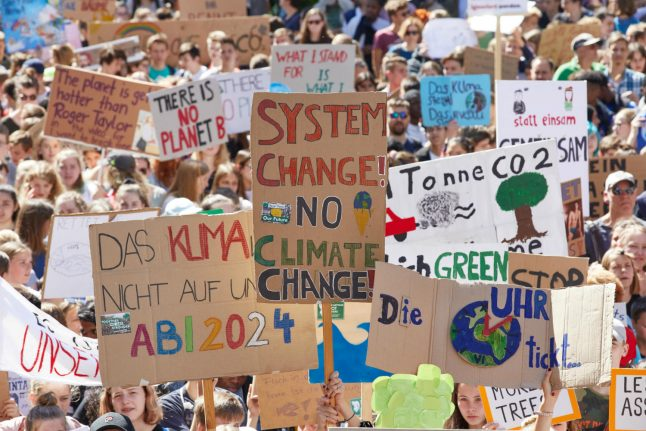 'Generation climate' to occupy huge German coal mine