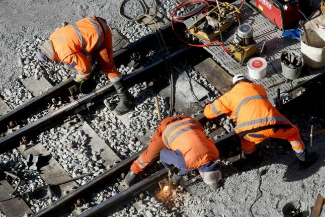 Up to 80,000 passangers a day to be delayed by rail project near Düsseldorf