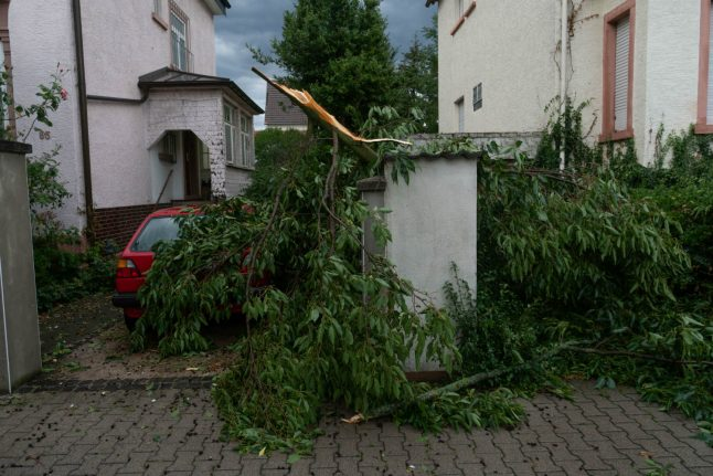 Commuters face major disruption as storms lash Germany