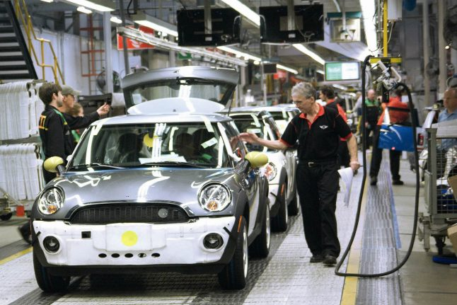 BMW to stop work in UK plant for two days due to Brexit