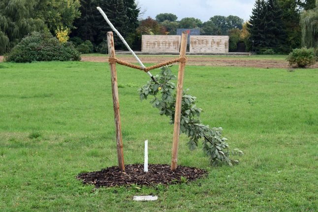 Probe launched after German memorial to neo-Nazi murder victim torn down