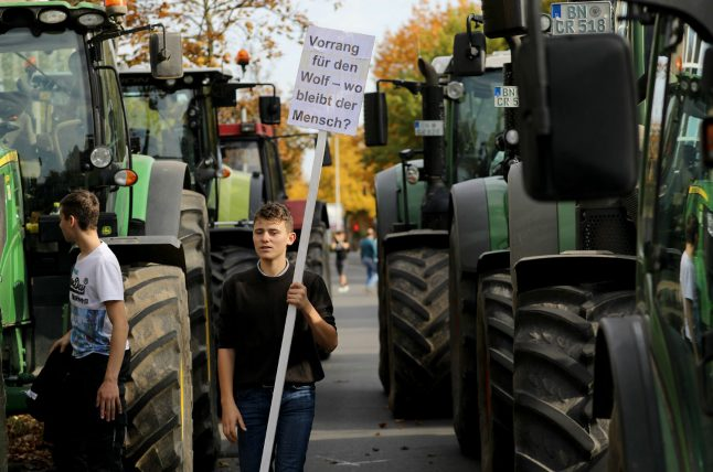 German farmers shut down streets in nationwide protest against government plans