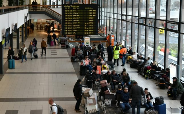 Discovery of WWII bomb grounds flights at Berlin's Schönefeld Airport