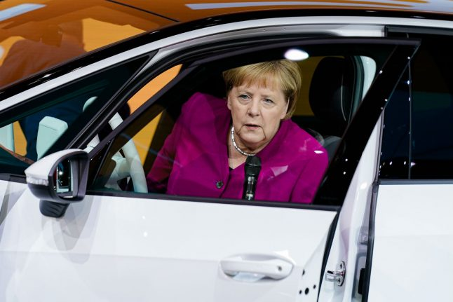 Germany boosts support for electric cars with cash bonuses and a million charging points