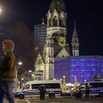 Police evacuate German Christmas market after security scare