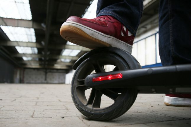 Drunk driver in Cologne rides e-scooter on Autobahn