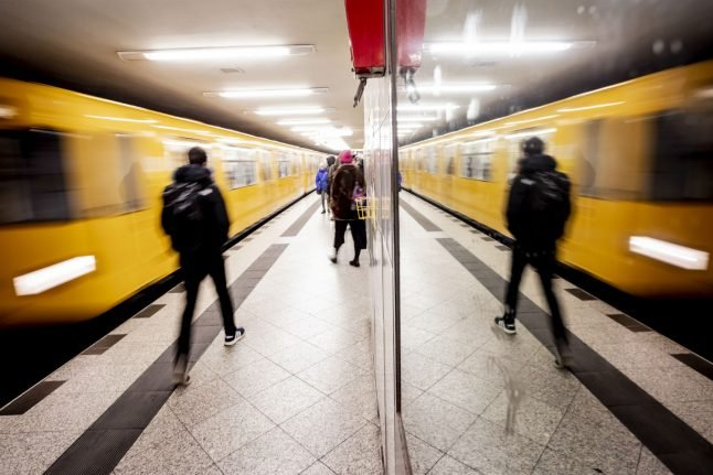 U-Büro: Fully-equipped office discovered in Berlin metro line