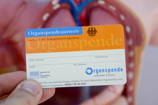 Bundestag votes against 'opt-out' system of organ donation in Germany