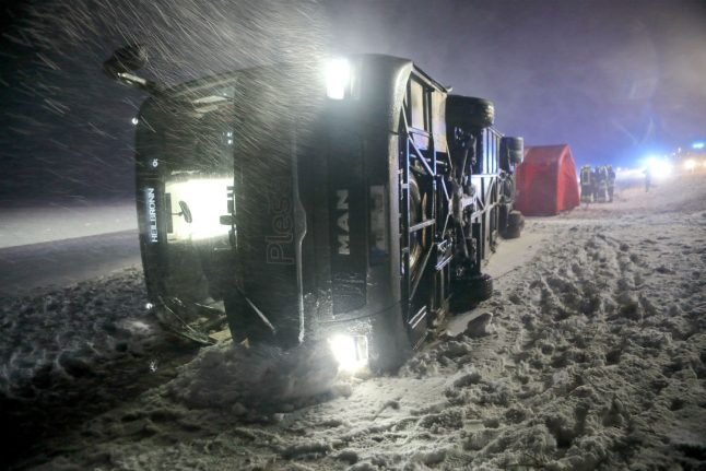 Transport disruption as storms and snow hit southwest Germany