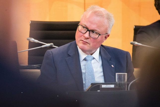 German minister commits suicide after 'crisis over coronavirus worries'