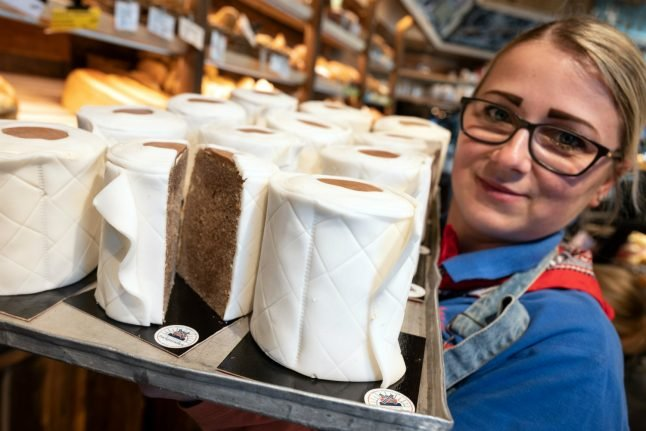 'People love it': Toilet paper cakes fly off the shelves at Dortmund bakery
