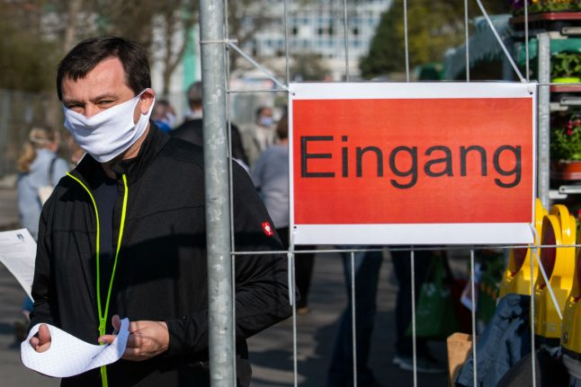 Germany recommends face masks in shops and public transport