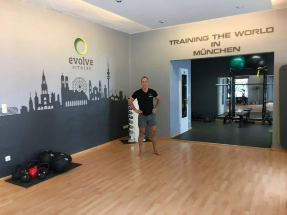 'It's important that people stay active': How a Munich fitness studio evolved online in the corona crisis