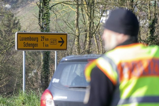 Luxembourg urges Germany to reopen border closed by coronavirus