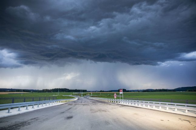 Weather: Tropical storm to hit southern Germany