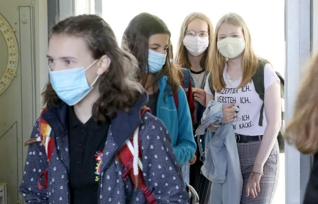 Lunchbox, pencil case and mask: How German schools are restarting amid pandemic