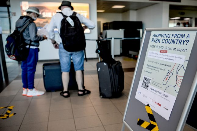 Germany orders coronavirus tests on risk zone arrivals from Saturday
