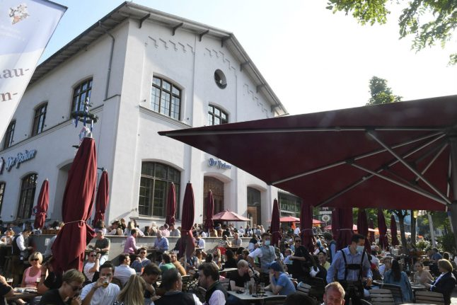 Covid-19: Germany to impose fines on people who give false contact details in restaurants