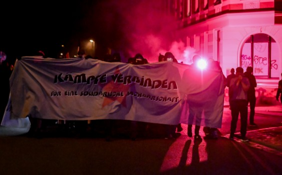 Protests over rising rents turn violent in Leipzig