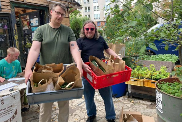 'The pandemic made people want to grow stuff': How a Berlin balcony project led to a chili revolution