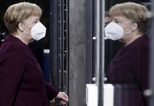 Merkel appeals to Germans to stay home now to save Christmas