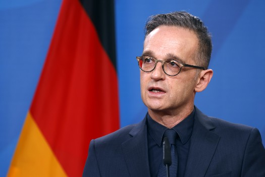 German Foreign Minister slams corona protesters for Nazi victim comparisons