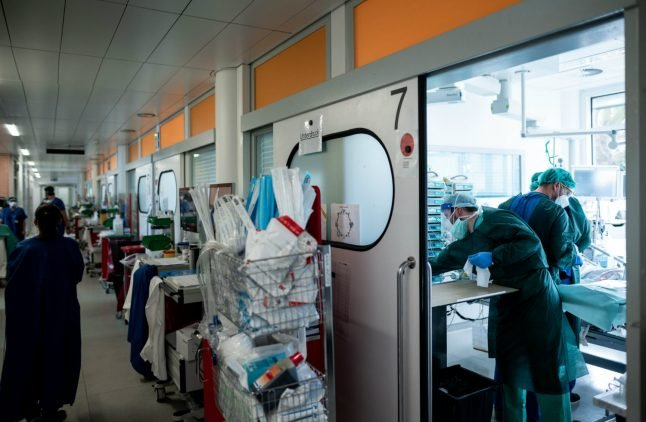 Covid-19: How serious is the situation in Germany's hospitals?