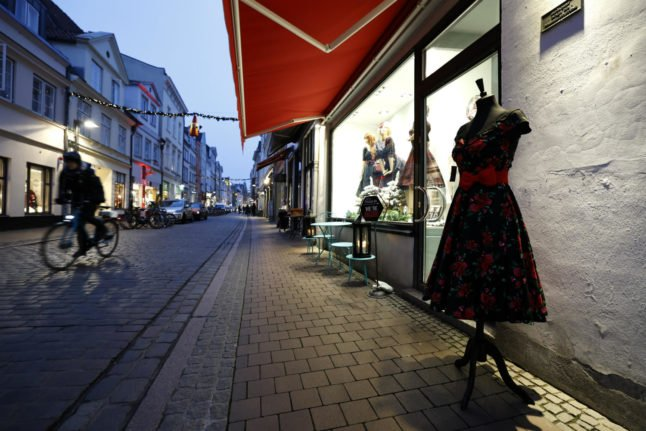 Coronavirus: Can Germany revive its hollowed-out city centres?