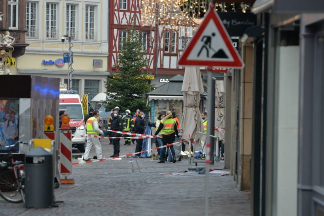 Update: Two killed as car hits shoppers in German city of Trier