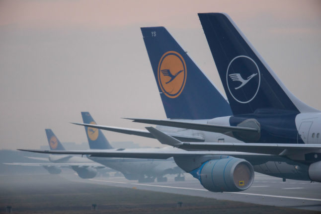 Germany's Lufthansa avoids pilot layoffs amid struggle to stay afloat