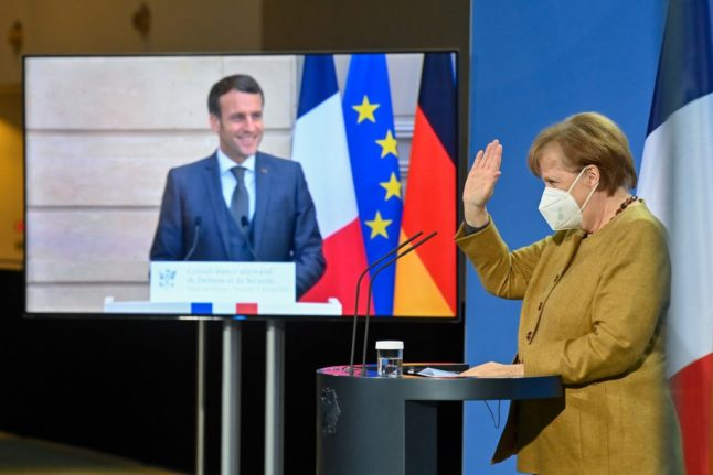 'It would be a mess': Merkel and Macron defend EU vaccine strategy