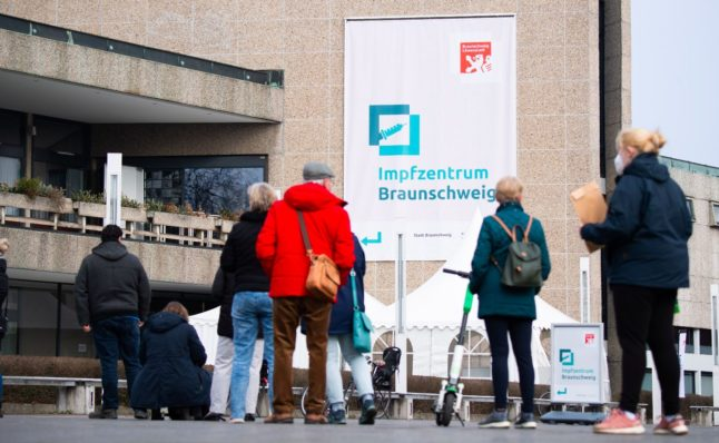 Vaccination centres in some German states 'to close over Easter'