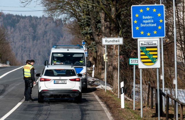 Travel: Germany announces tougher checks at all land borders