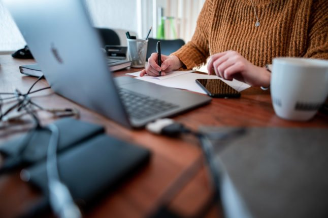 Reader question: Do I have to work from home under Germany's new measures?
