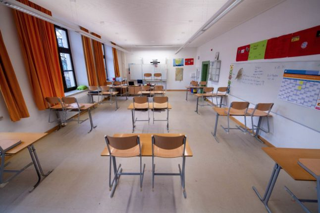 German teachers call for uniform Covid rules in schools nationwide