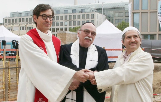 'House of One': Berlin lays first stone for multi-faith place of worship