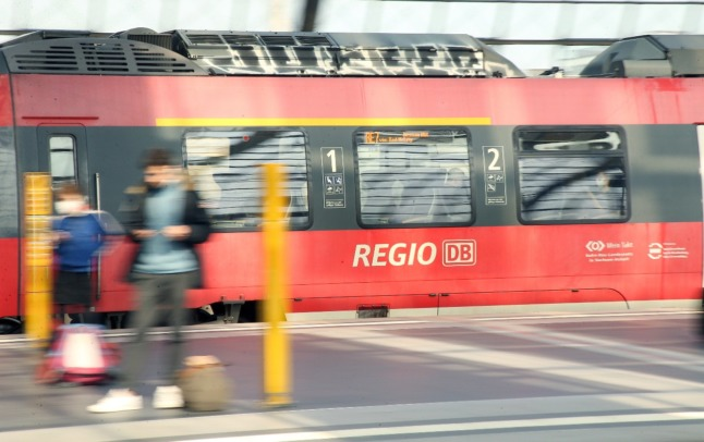 German train drivers announce strikes after pay talks collapse