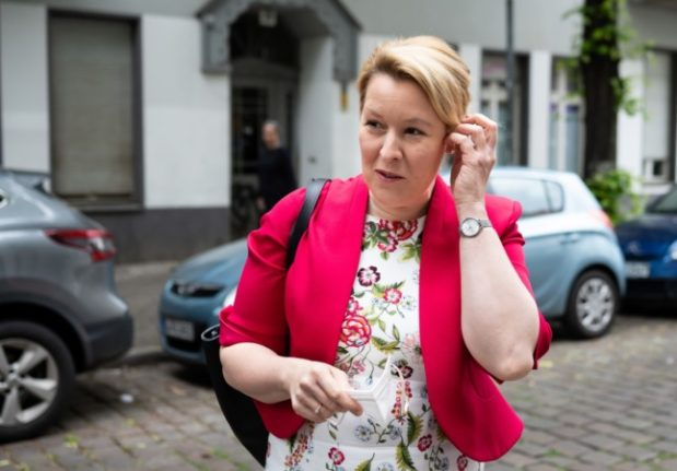 Berlin mayor hopeful and ex-cabinet minister stripped of doctorate title in uni scandal