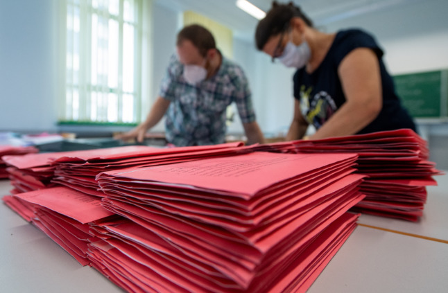 EXPLAINED: How to cast a postal vote in the German elections