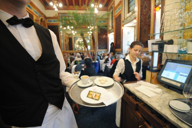 France to make tips paid by card tax free