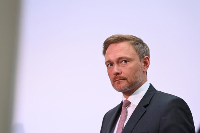 Germany's liberals hold strong cards in post-election haggling