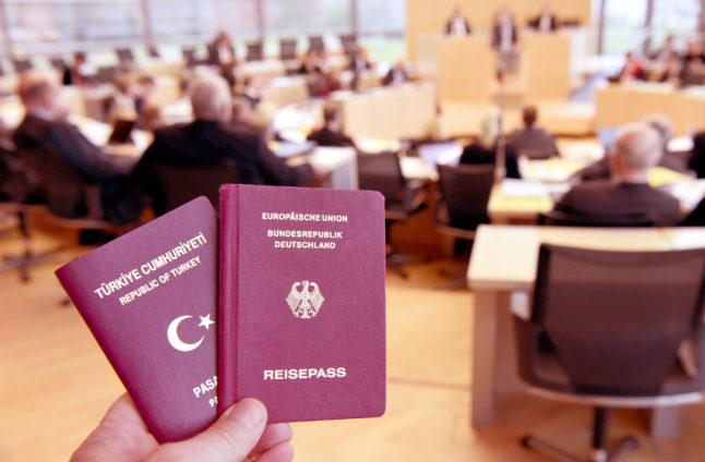 EXPLAINED: Where do Germany's political parties stand on dual nationalities and citizenship?