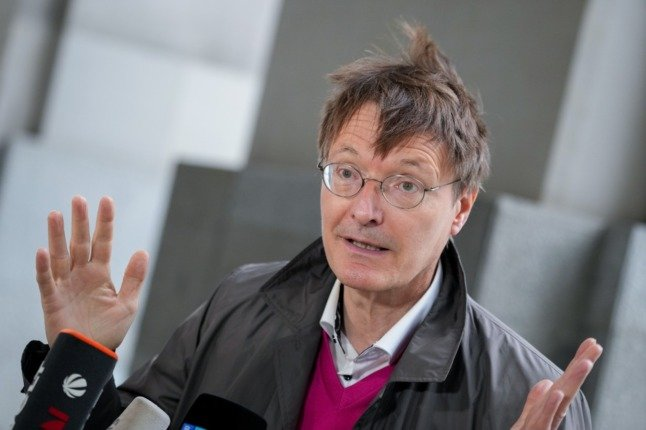 SPD health spokesperson, Karl Lauterbach, has called for tighter restrictions on access to public spaces for non-vaccinated people in Germany.